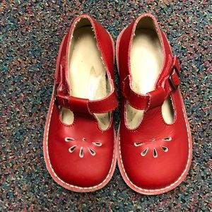 Size 3 Red Shoes